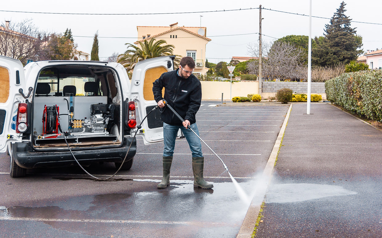proprete urbaine skid haute pression eau froide essence utilitaire proprete plus 1 webpage