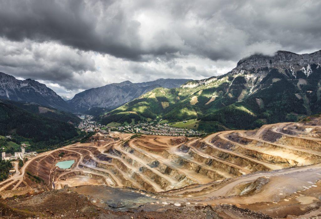Carrières et Mines