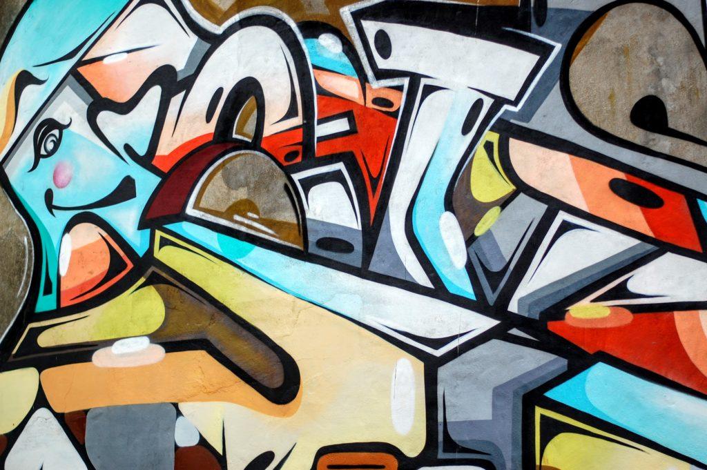 graffitis sur un murs